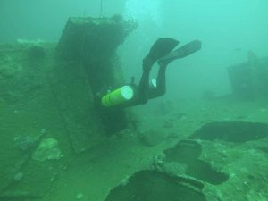 wreck-dives-in-subic-bay-philippines