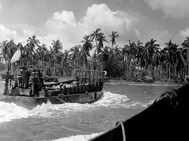 Landing Craft Mechanized (LCM)